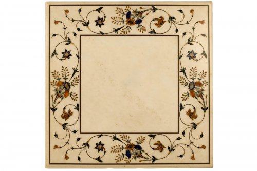 Table marble marquetry on its wooden foot imitation porphyry. XIXth century