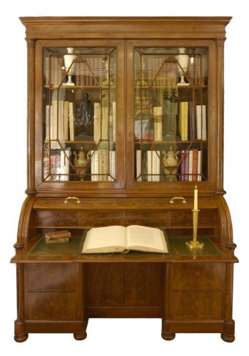 Cylinder secretary - restauration period