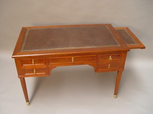 French Louis XVI Bureau plat stamped N.Petit -