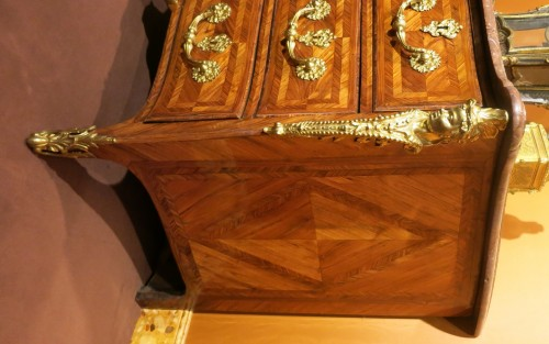 18th century - Regence commode stamped Delaitre