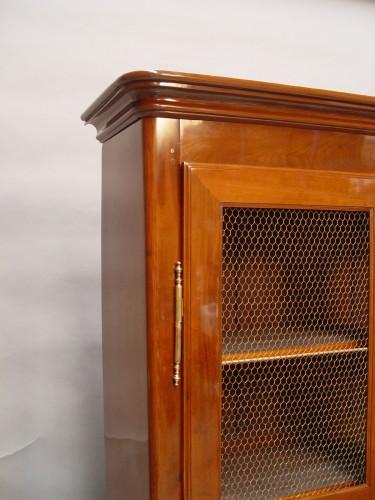 Mahogany bookcase Transition - Furniture Style Transition