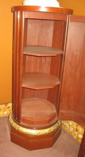 mahogany pedestal -