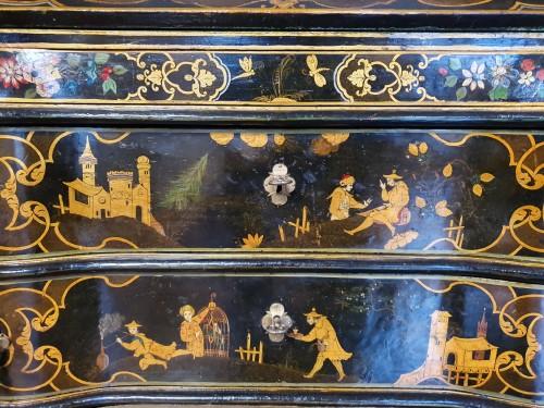 18th century - Venetian lacquered  desk - 18th century