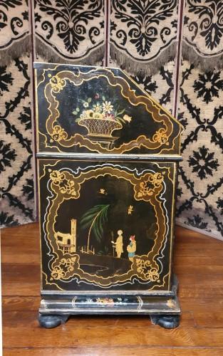 Antiquités - Venetian lacquered  desk - 18th century