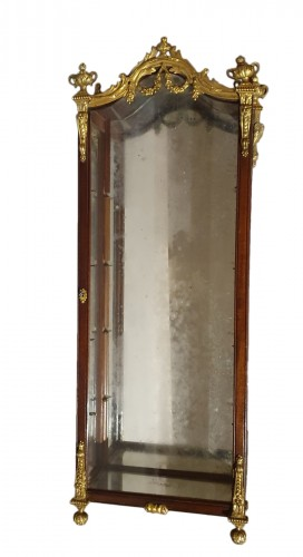 small wall display case - 19th century