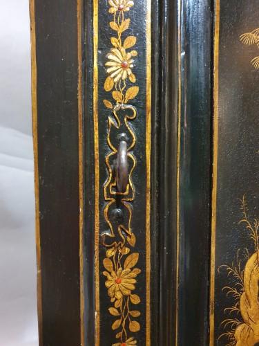 Furniture  - Corner in European varnish in imitation of Japanese lacquers