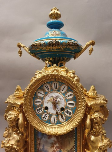 """so-called """"romantic"""" clock adorned with Sèvres porcelain plaque - Horology Style Napoléon III"""