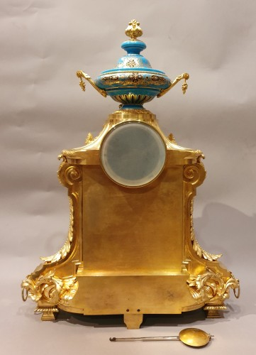 "Napoléon III - so-called ""romantic"" clock adorned with Sèvres porcelain plaque"