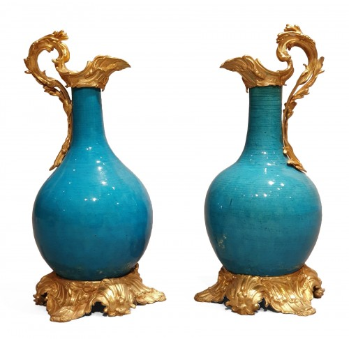 pair of Chinese blue porcelain ewers - 19th century