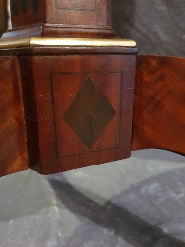 Mahogany pedestal table stamped N. Petit -