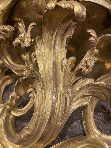 Furniture  - Console d'appliqueen bronze doré d'époque Louis XV