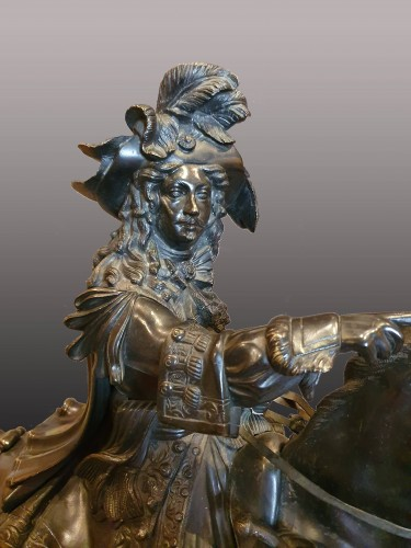 Louis XIV on horseback going into battle after  Cartelier and Petitot - Sculpture Style