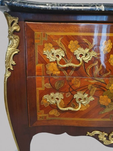 Louis XV - Chest of drawers stamped D.Genty JME
