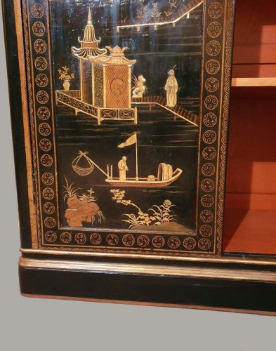 Lacquer cabinet - Mid XIXth century -