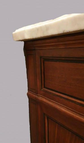 Furniture  - Chest  of drawers attributed to Kobiersky