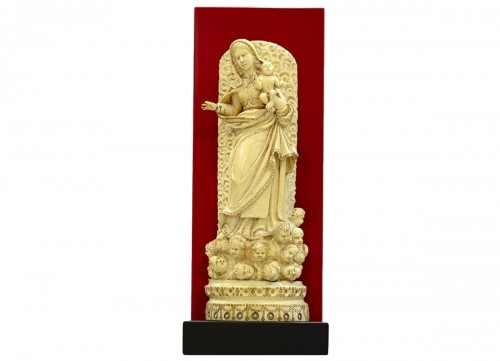 Our lady with the baby Jesus in ivory