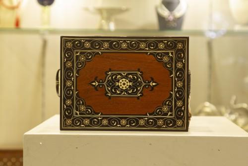 Indo Portugues Mogol office box - Furniture Style