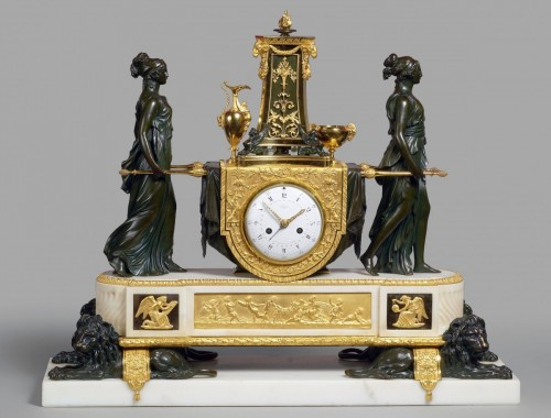 A Louis XVI mantel clock of Vestal Virgins Carrying the Sacred Fire - Horology Style Louis XVI