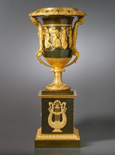 An Empire vase attributed to Pierre-Philippe Thomire - Decorative Objects Style Empire