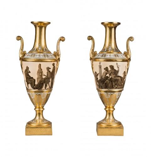 A pair of Empire Paris porcelain spindle-shaped vases