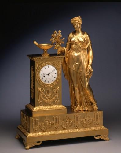 An Empire mantle clock signed on the white enamel dial Lesieur à Paris - Horology Style Empire