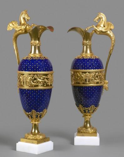 A pair of Louis XVI gilt bronze mounted blue enamel ewers - Decorative Objects Style Louis XVI