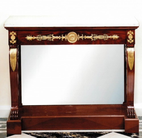 An Empire console by Jacob-Desmalter et Cie - Furniture Style Empire