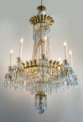 A Regency eight-light chandelier - Lighting Style Empire