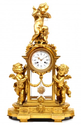 Victor Paillard (1830 - 1886) - Gilt-bronze three piece clock garniture - Clocks Style