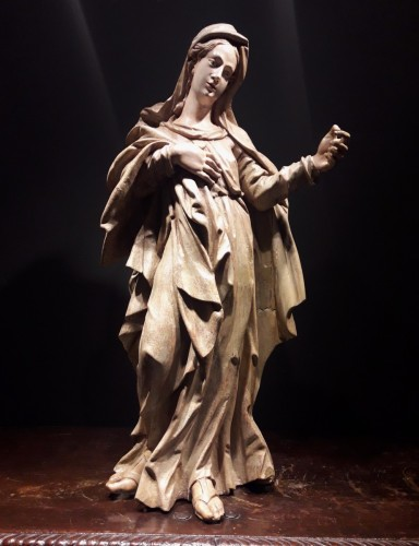 Antiquités - Sculpted wooden sculpture of the 16th Century - Madonna