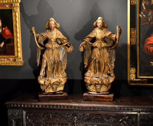 Pair of carved wooden angels early 16th century - Sculpture Style Renaissance