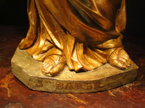 17th century - Santa Barbara - lacquered and gilded wooden sculpture