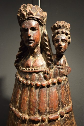 <= 16th century - &quot;Vierge and Child&quot;  Medieval wood sculpture.