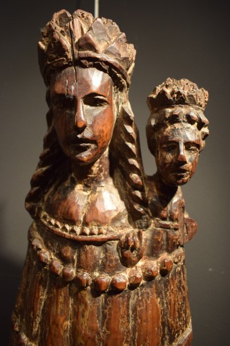 """Vierge and Child""  Medieval wood sculpture. - Middle age"
