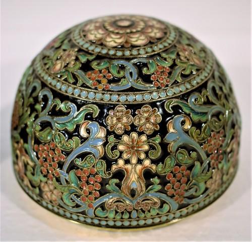 Art nouveau - Oeuf Russe d'Argent doré et émail polychromes