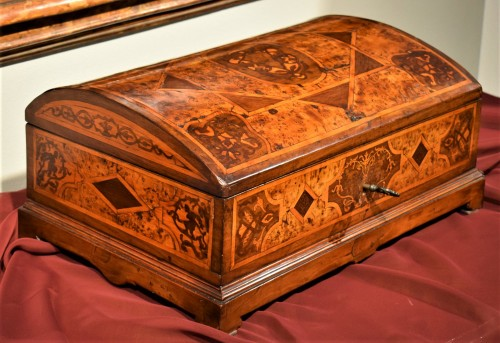 18th century - Travel box Louis XIV early years of XVIIIth century