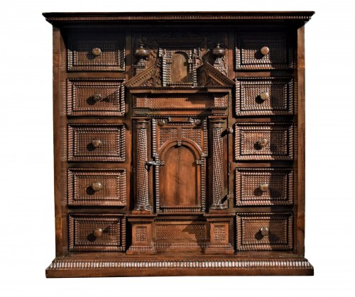 Cabinet of the Italian Renaissance