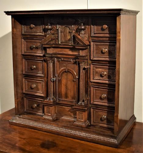 Furniture  - Cabinet of the Italian Renaissance