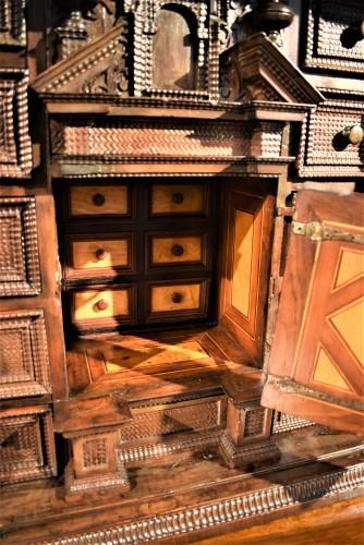 Cabinet of the Italian Renaissance - Renaissance