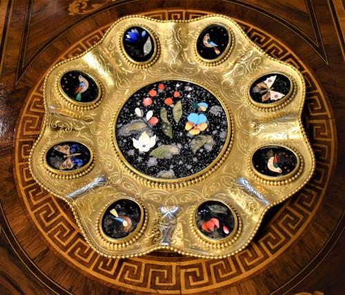 """Decorative Objects  - Plate of gild bronze and """"Pietre Dure"""", Souvenir de """"Grand Tour"""""""