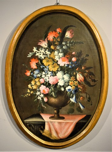 Pair of still lifes with floral compositions,  Giacomo Nani (Naples 1698-1755) - Paintings & Drawings Style Louis XV