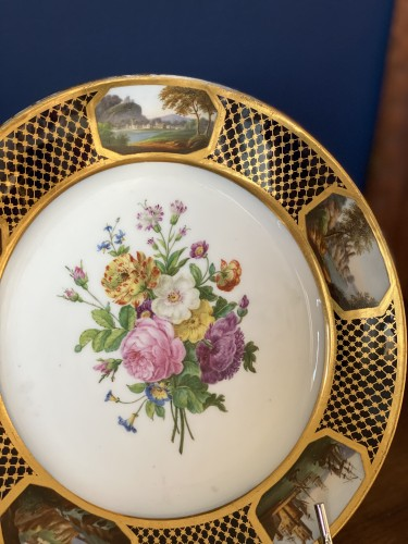 Restauration - Charles X - Pair Of Porcelain Plates By Sheet From The Service Of Prince Bourbon-Condé