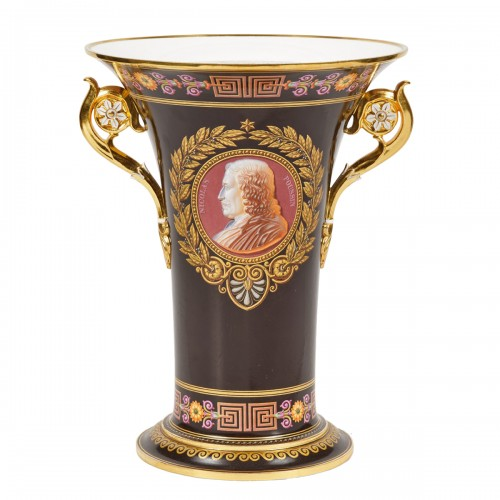 Important Sèvres porcelain royal vase Delivered to King Louis-Philippe