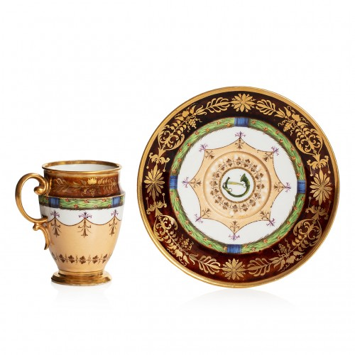 Rare Sèvres porcelain cup and saucer, tortoiseshell ground, Consulat period