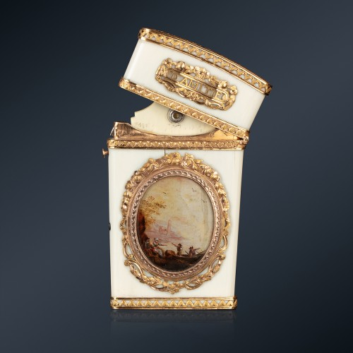A 18th century ivory gold-mounted tablet case, Paris, 1778-1779 - Objects of Vertu Style Louis XVI