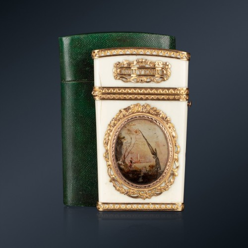 Objects of Vertu  - A 18th century ivory gold-mounted tablet case, Paris, 1778-1779