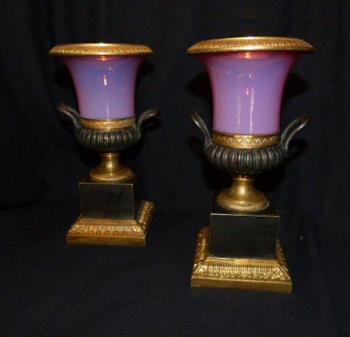 Pair of Gorge de pigeon pink Opaline vases Charles X period