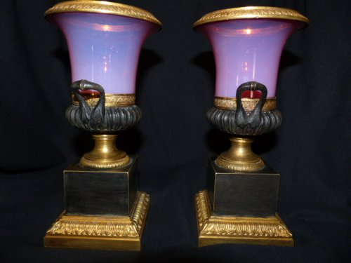 Pair of Gorge de pigeon pink Opaline vases Charles X period -