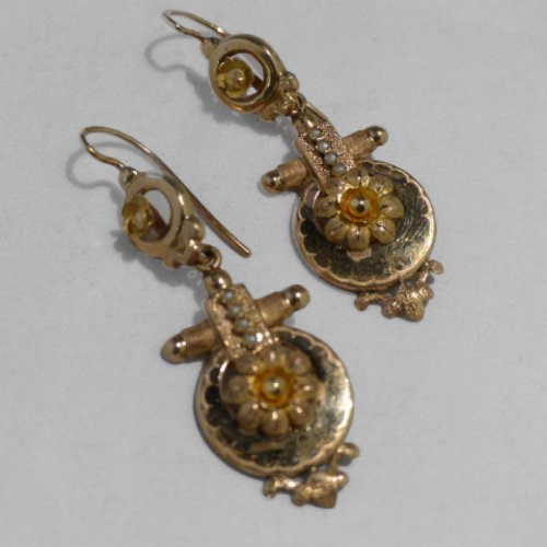 Pair of earrings in gold Napoléon III