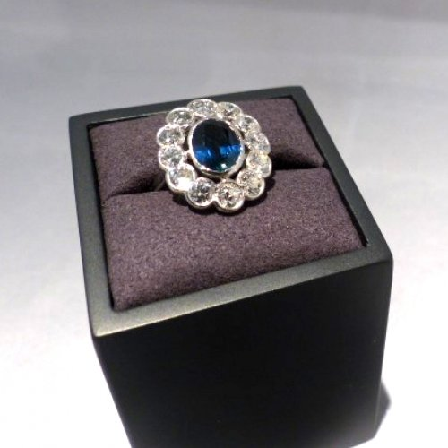 1930 sapphire and diamonds Ring